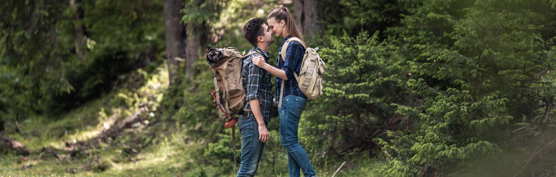 Destination_Romance_Hiking Couple